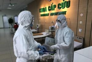 Hai điều dưỡng mắc COVID-19: Cách ly tập trung 150 y bác sĩ của Bệnh viện Bạch Mai