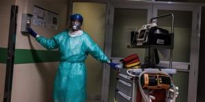 Nhiều bệnh nhân 20-30 tuổi trong tình trạng nghiêm trọng vì COVID-19, bác sĩ người Italy cảnh báo thế giới
