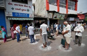 Tận thấy Ấn Độ trong cơn xáo trộn lịch sử vì phong toả toàn quốc giữa đại dịch