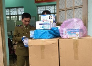 TP. Hồ Chí Minh: Phát hiện hơn 69 gói khẩu trang không có nhãn phụ