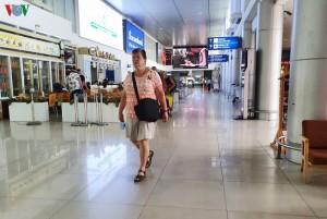 Du lịch Huế, khách nước ngoài vẫn vô tư không đeo khẩu trang