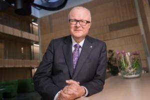 Bộ trưởng Đức tự sát vì quá lo lắng về COVID-19