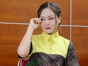 Dân mạng sôi sục chia sẻ bài viết của Lan Phương liên quan đến gia đình diễn viên Mai Phương