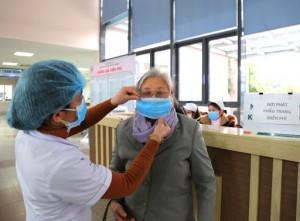 Người dân cần biết điều kiện và thủ tục để nhận hỗ trợ khó khăn do dịch COVID-19 từ Chính phủ