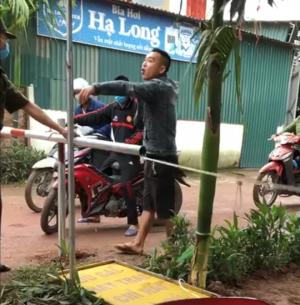Tấn công lực lượng tại chốt phòng dịch COVID-19 khi được nhắc đeo khẩu trang, nam thanh niên bị tạm giữ hình sự