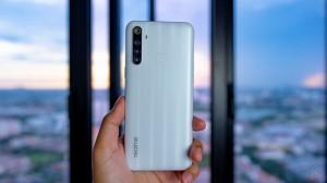 5 smartphone màn hình lớn, pin khoẻ dưới 5 triệu đồng