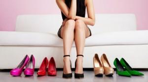 Hoa hậu H'Hen Niê biết chiêu này thì đôi giày cao gót 120 triệu không làm chân đau, sưng vù và phải đi dép tổ ong ra đường