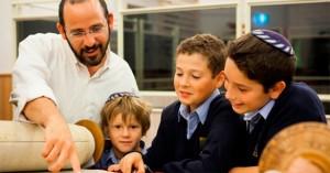 10 nguyên tắc vàng giúp cha mẹ Do Thái tạo ra những đứa trẻ thông minh
