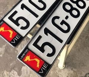 Ô tô, xe máy dán bản đồ Việt Nam thiếu Hoàng Sa, Trường Sa sẽ bị xử nghiêm