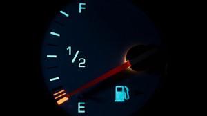 Các mẹo giúp người tiêu dùng tiết kiệm tiền xăng xe hàng tháng