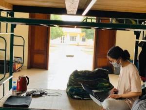 Du học sinh có thể học đại học trong nước và lấy bằng quốc tế