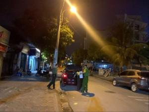 Khám xét khẩn cấp với thành viên Tổ giúp việc, tài xế của Chủ tịch UBND Hà Nội