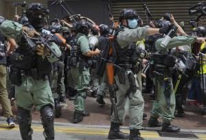 Ngày đầu thực thi luật an ninh Hồng Kông: 370 người bị bắt