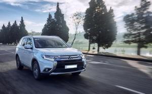 Nhược điểm của ô tô Mitsubishi Outlander 2020 nên cân nhắc trước khi mua