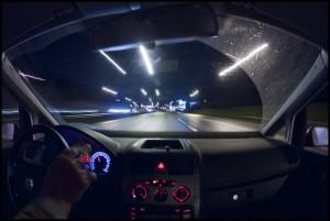 12 kinh nghiệm xương máu khi lái xe đường dài vào ban đêm