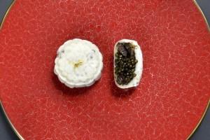 Bánh trung thu trứng cá muối giá hơn 5 triệu đồng/hộp