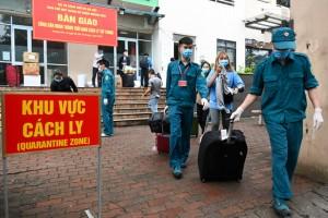 Chi tiết mức phí cách ly, xét nghiệm, điều trị với người nhập cảnh Việt Nam