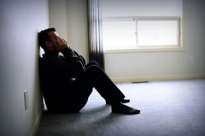 Đứng gọi 20 phút nhưng vợ vẫn không chịu mở cửa, sốt ruột quá tôi phải gọi người phá khóa và khi cánh cửa mở ra tôi lặng người với cảnh tượng trước mắt