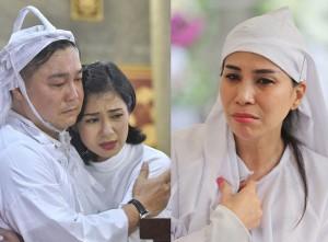 Anh em diễn viên Lý Hùng - Lý Hương thẫn thờ trong lễ tang của cha