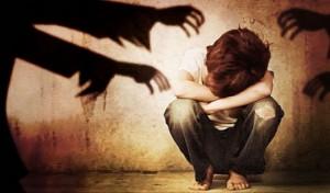 Từ tháng 11: Bị kết tội d.âm ô trẻ em khi hôn người dưới 16 tuổi