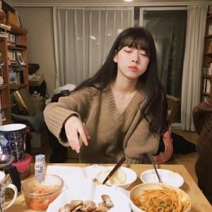 3 thói quen đừng dại mà làm vào bữa tối, nếu không tuổi thọ của bạn sẽ âm thầm... ngắn lại