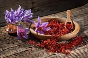 Giải mã loại nhụy hoa được tôn là 'vàng đỏ', rẻ nhất 175 triệu đắt nhất 450 triệu đồng mỗi kg