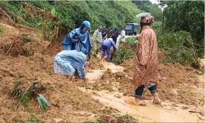 Ai đã cứu sống cả chục mạng người vụ sạt lở đất kinh hoàng ở Quảng Nam?