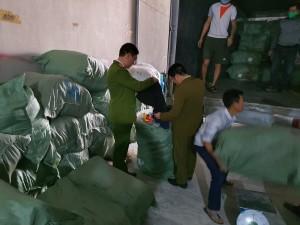 Nhập lậu hàng hóa: Tác hại khi mặc quần áo 'sida' không rõ nguồn gốc