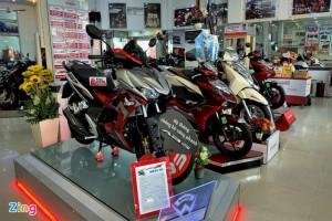Nhiều mẫu xe máy được giảm giá dịp cuối năm