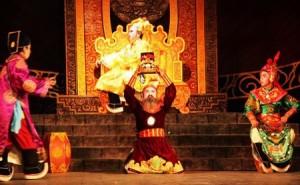 Ông vua Việt sét đánh không chết, cuối đời bị bêu đầu ở chợ