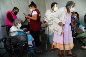 Công bố mới của WHO: Thế giới giảm hơn nửa triệu ca mắc COVID-19 trong 1 tuần