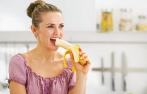 Bác sĩ Nhật khuyên ăn chuối để đào thải natri, hạ axit uric và ngăn ngừa đột quỵ