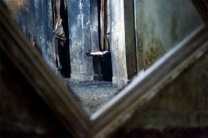 Bí ẩn chiếc gương g.i.ế.t người chỉ sau vài ngày tiếp xúc, hơn 100 năm đoạt mạng 38 người khiến giới sưu tầm đồ cổ khiếp sợ