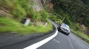 Xử lý thế nào khi xe đang chạy tốc độ cao thì đột ngột mất phanh?