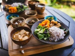 Chăm ăn rau củ để giảm cân, đẹp da nhưng riêng 5 loại này thì phải hạn chế kẻo gây tác dụng phụ, sinh bệnh hại thân