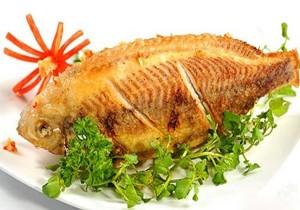 Mẹo ướp cá vàng giòn bên ngoài, ngọt bên trong và không bị nát
