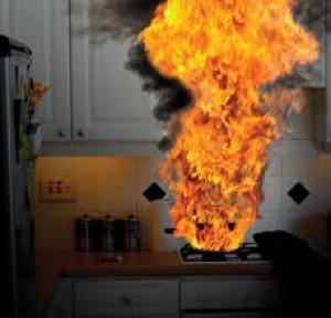 Hiểm họa cháy nổ từ gas luôn rình rập trong các gia đình
