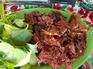 Thịt chuột đắt hơn thịt lợn, rau ngót rừng đắt hơn bò Mỹ