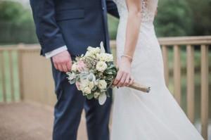 Được cầu hôn bằng nhẫn kim cương, người phụ nữ vừa đồng ý đã phẫn nộ hủy hôn khi phát hiện âm mưu bố mẹ ruột và chồng sắp cưới làm sau lưng mình