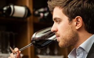 Việc nhẹ lương cao: Chỉ ăn rồi ngồi thử rượu cũng bỏ túi cả đống tiền