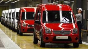 'Phù phép' xe khách thành xe tải để lách thuế, Ford đối diện án phạt 1,3 tỷ USD