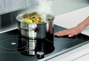 5 điều người đun nấu bằng bếp từ nhất định phải làm đúng nếu muốn bếp bền và đẹp như mới