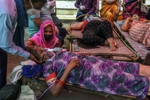 Ấn Độ: Chuông báo động réo khắp bệnh viện trong đêm, bệnh nhân kêu cứu vì oxy cạn kiệt