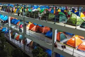 TPHCM: Dựng hàng trăm lều