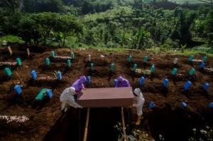 Phá kỷ lục ca Covid-19 mới ca t.ử v.o.ng, Indonesia tiến sát
