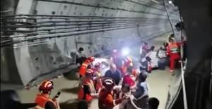 Vụ tàu cao tốc đang chở khách dừng đột ngột, chìm trong nước lũ ở TQ: Hành khách tuyệt vọng gọi cho người thân để từ biệt