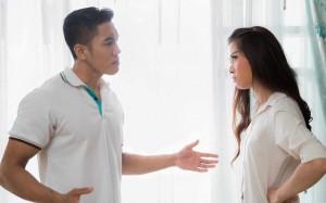 Mẹ chồng trách móc 'ăn bám thì đừng đòi hỏi', nàng dâu mang ra một tập giấy cùng lời giải thích khiến bà phải ngậm ngùi