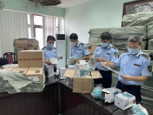 Phát hiện bắt giữ hơn 20.000 khẩu trang y tế giả mạo nhãn hiệu 3M