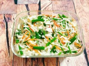 Ở đây có tuyệt chiêu làm bắp cải muối chua chỉ 1 ngày là ăn được, vừa dễ lại vừa ngon!