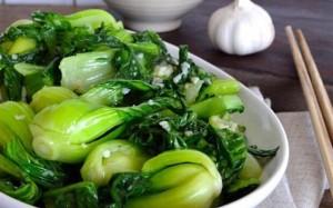 Cô gái ngất xỉu do thường xuyên ăn rau để qua đêm, hậu quả từ thói quen xấu nhiều người Việt đang mắc phải